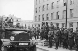 Vojenská přehlídka v Brestu Litevském Rudé armády a Wehrmachtu