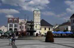 Karvinské náměstí s radnicí