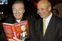 Karel Gott s Michalem Horáčkem