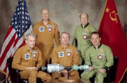 Posádka Sojuz-Apollo