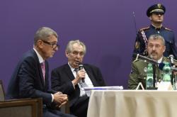 Andrej Babiš (ANO), Miloš Zeman a Aleš Opata