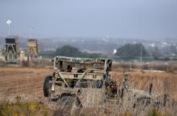 Izraelští vojáci nedaleko hranice s Pásmem Gaza