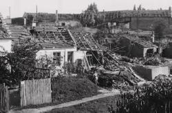 Domky ve Stránské ulici v Brně po bombardování