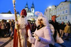 Mikulášské odpoledne na pražském Staroměstském náměstí