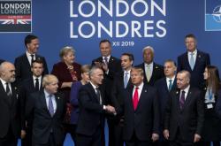 Lídři na summitu NATO v Londýně