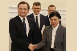 Polský ministr spravedlnosti Zbigniew Ziobro a eurokomisařka Věra Jourová