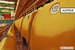 Starý Zimní stadion Ivana Hlinky chátrá