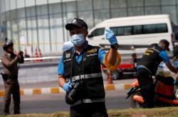 Thajská policie zajišťuje stopy u obchodního centra