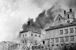 Následky bombardování Prahy