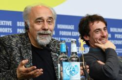 Režisér Giorgio Diritti a herec Elio Germano na festivalu představili snímek Volevo nascondermi