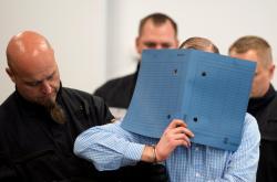 Jeden z obžalovaných u soudu v Drážďanech
