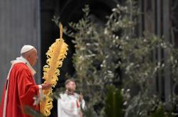 Papež František během Palmové neděle