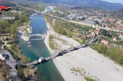 Zřícený most v Itálii