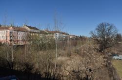 Zchátralý areál Jaselských kasáren v Brně