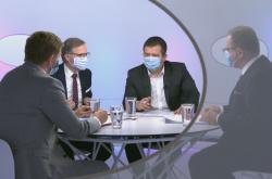 Vít Rakušan (STAN), Petr Fiala (ODS) a Jan Hamáček (ČSSD) v Otázkách Václava Moravce