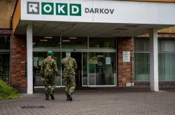 Armádní zdravotníci na Dole Darkov