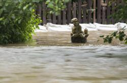 Rozlitý Anenský potok v Radimi u Luže na Pardubicku