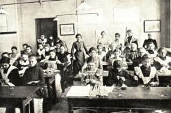 Spolek Vesna v Brně provozoval na začátku 20. století řadu dívčích škol