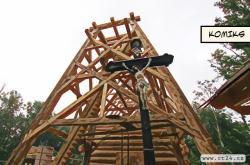 Na místě shořelého kostela v Gutech už roste replika. Hotová by měla být na jaře příštího roku