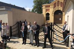 Slavnostní otevření zrekonstruovaného vstupu do židovského hřbitova