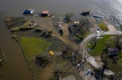 Následky škod hurikánu Laura