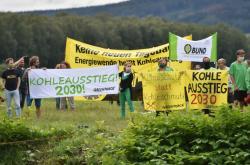 Protest proti plánovanému rozšíření dolu Turów 30. srpna 2020