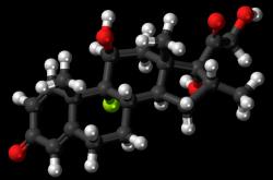 Molekula dexametazonu