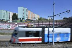 Tramvajová trať ve Starém Lískovci v Brně
