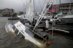 Hurikán Sally zasáhl pobřeží Mexického zálivu. V oblasti dochází k následným záplavám
