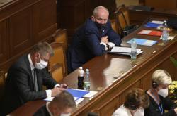 Tomáš Petříček a Roman Prymula na úterním jednání sněmovny