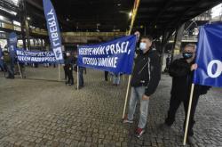 Zaměstnanci českých hutních firem demonstrovali za obranu evropského ocelářského průmyslu