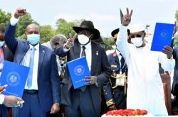 Vláda uzavřela s povstalci mírovou dohodu