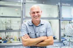 Pavel Majer, vedoucí skupiny Drug Discovery při Ústavu organické chemie a biochemie AV ČR