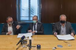 Podpis koaliční smlouvy v Pardubickém kraji