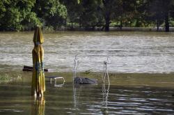 Voda v chatové oblasti v Děhylově na Opavsku