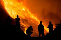 Boj s požáry v jižní Kalifornii