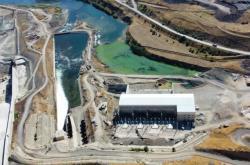 Přehrada s vodní elektrárnou Alpaslan 2 na řece Murat