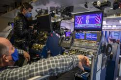 Některé televize speciální volební vysílání prakticky nepřerušily