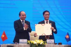 Podpis RCEP v Hanoji