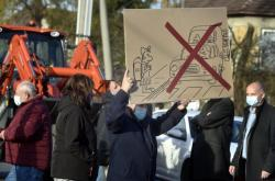 Blokáda silnice v Žabni