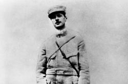 Mladý Charles de Gaulle
