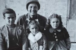 Martin Adler s italskými dětmi