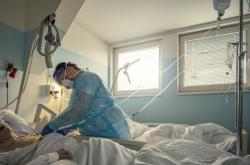 Zdravotní sestra v liberecké nemocnici