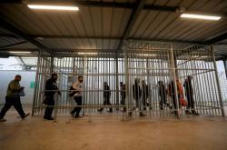 Izraelský checkpoint na okupovaném Západním břehu