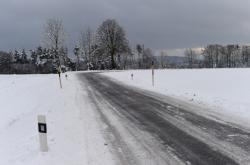 Sjízdná silnice u Domašova nad Bystřicí
