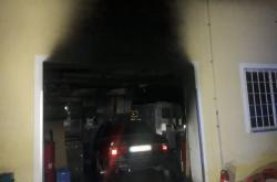 Požár haly na Mladoboleslavsku