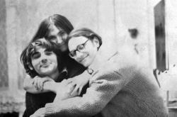 Ivan Dejmal, Petruška Šustrová, Jan Frolík (fotografie pořízena 1. ledna1969)