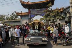 Myanmarské demonstrace pokračují i po středečním brutálním zásahu policie