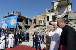 Papež František při návštěvě Mosulu
