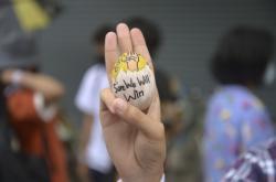 Vajíčka s politickými slogany